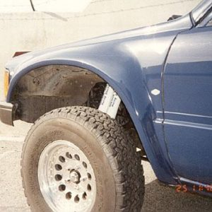 Toyota Pick-Up Front Fenders – 1984- '88 – 2 and 4 Wheel Drive 4″ Bulge